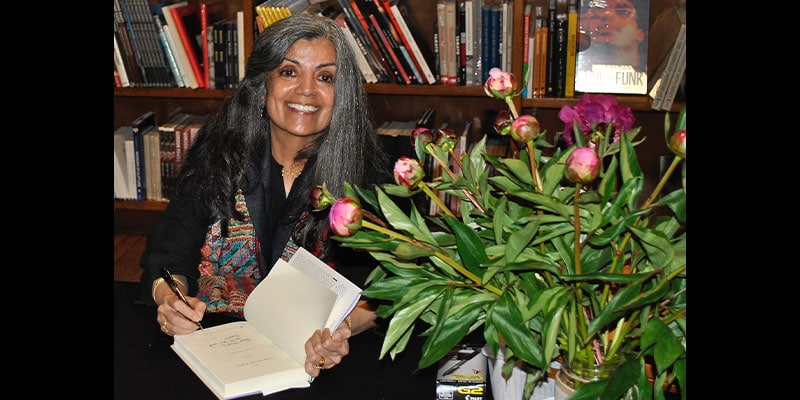 Mamta Chaudhry signing her book