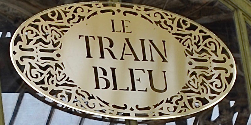 Le Train Bleu sign